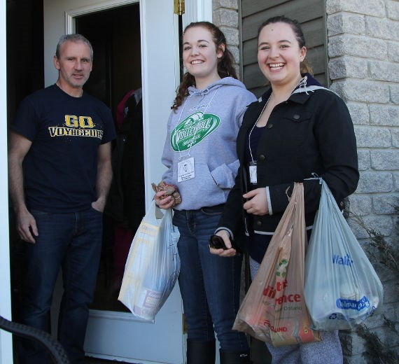 RMSS Food Drive 2016 - Timmins Daily Press.jpg